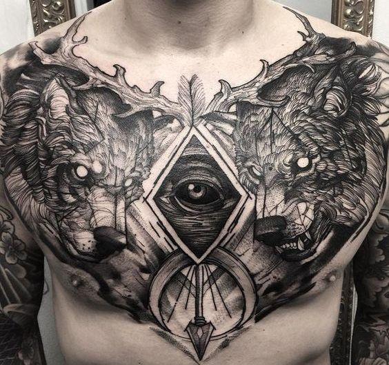Татуировка на груди в стиле графика
