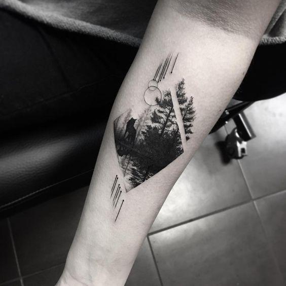 Тату ромб с лесом на предплечье