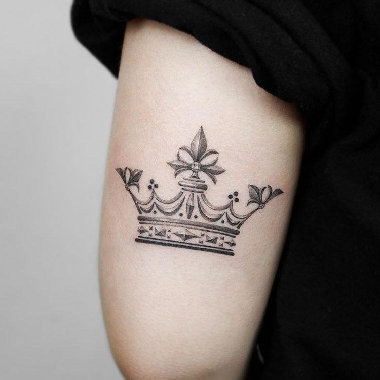Корона. Плечо